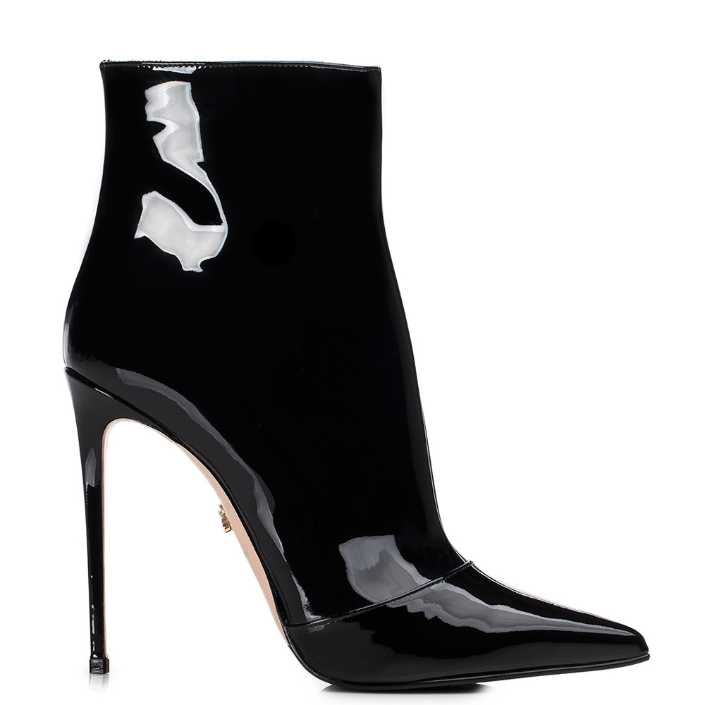 Black patent leather ankle boot | Le Silla